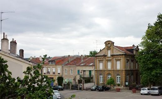 mairie-jouy-aux-arches